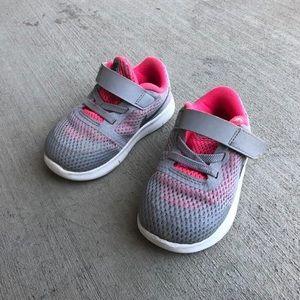 Toddler Nike's Size 6